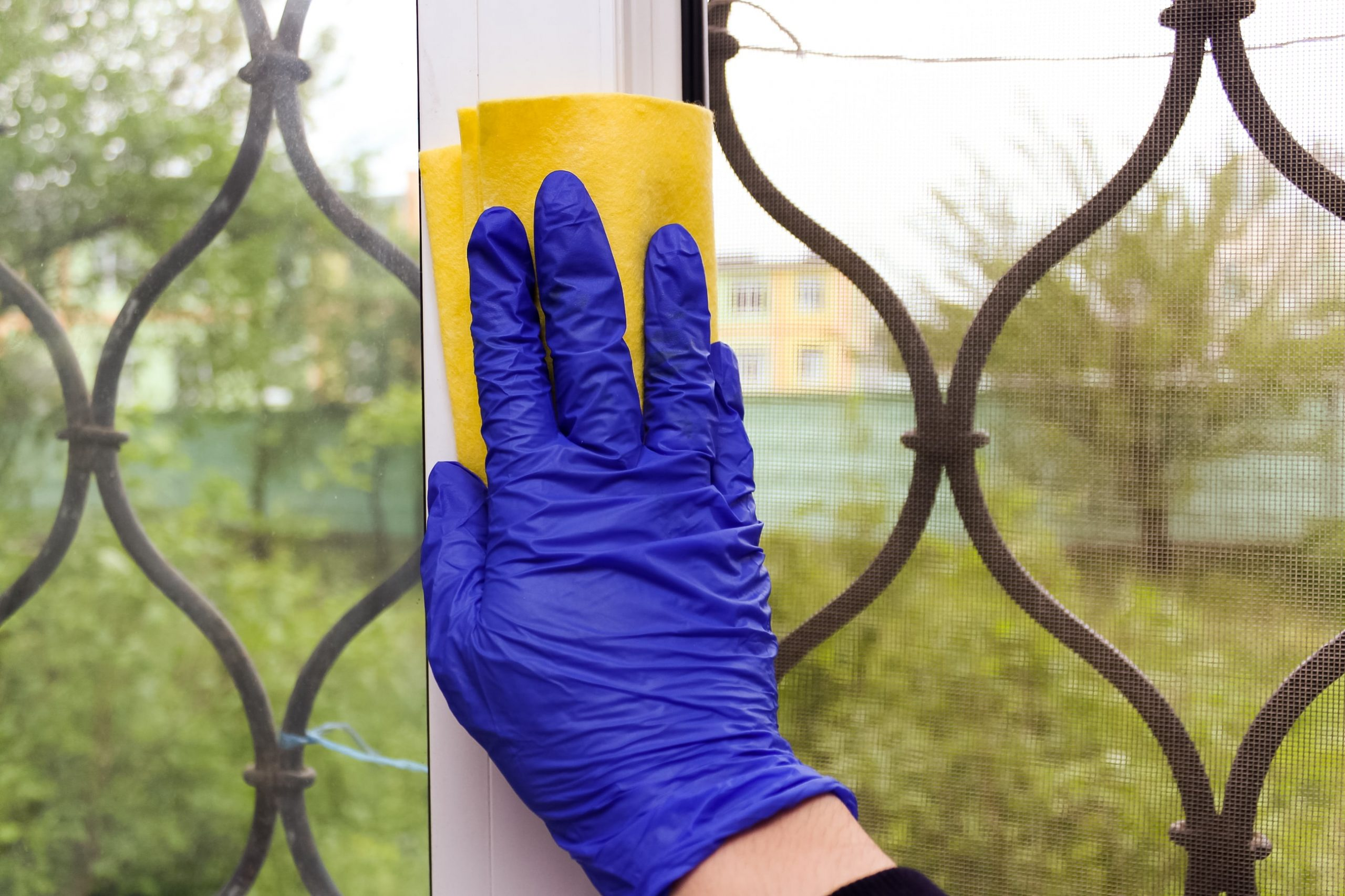 how do you price window cleaning?