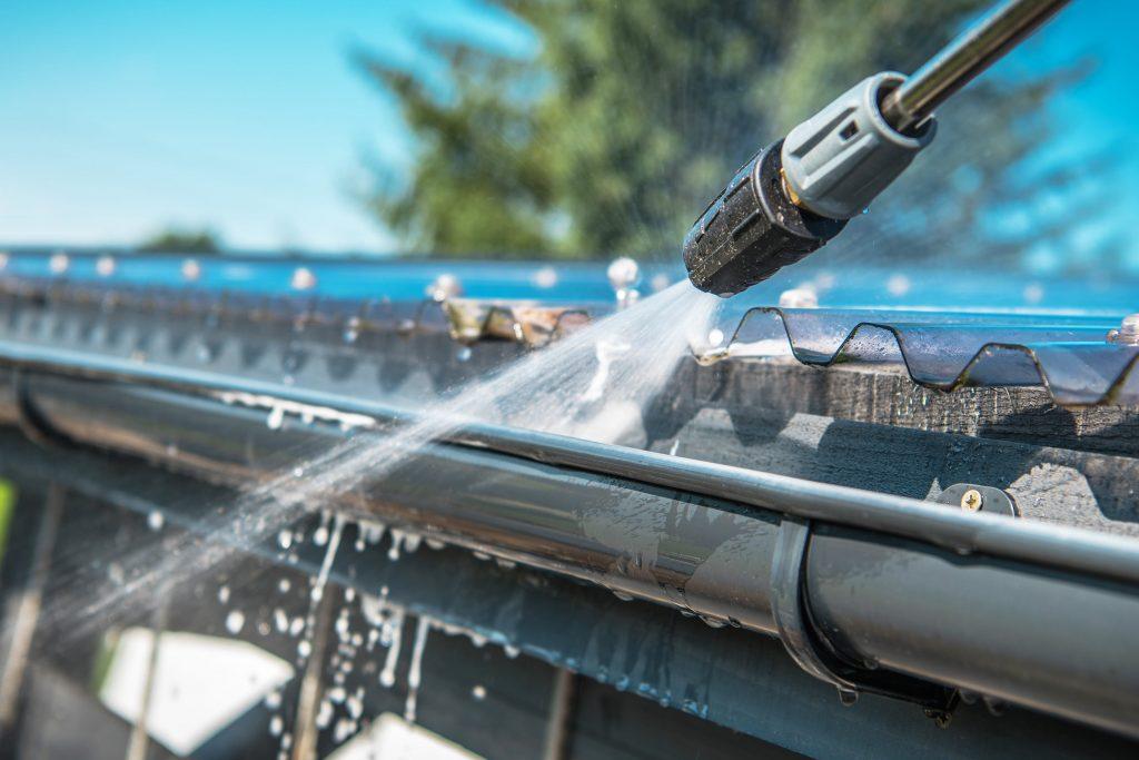 gutter cleaning service ottawa